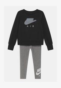 Nike Sportswear - AIR SET - Tepláková souprava - carbon heather - 0