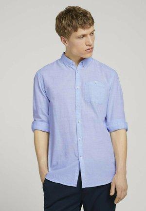 Skjorta - light blue  twisted yarn dobby