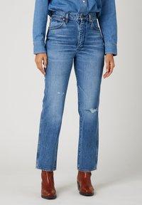 Wrangler - WILD WEST - Straight leg jeans - bluebell - 0