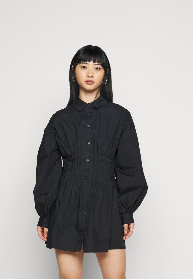 CINCHED WAIST DRESS - Korte jurk - black