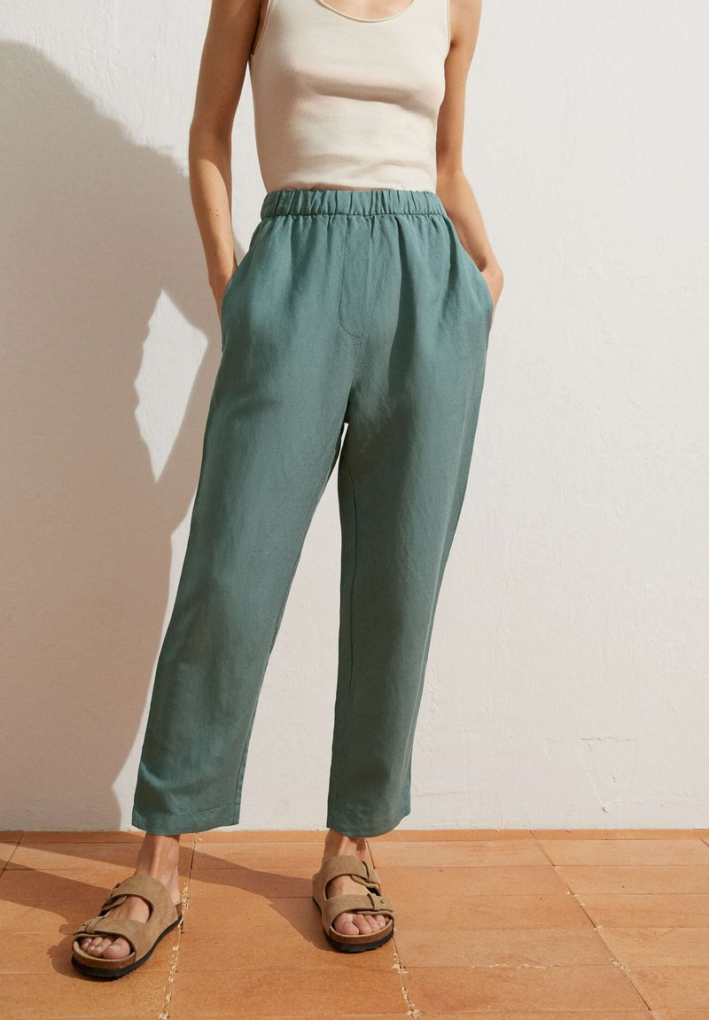 OYSHO - Pantalon classique - green
