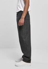 Urban Classics - Relaxed fit jeans - black acid washed - 3