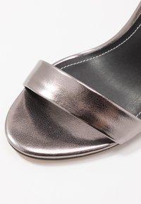 ONLY SHOES - Sandales à talons hauts - gunmetal - 2