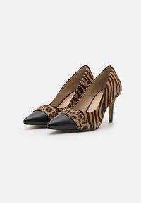 San Marina - VILATIRI - Classic heels - noir/multicolor - 2