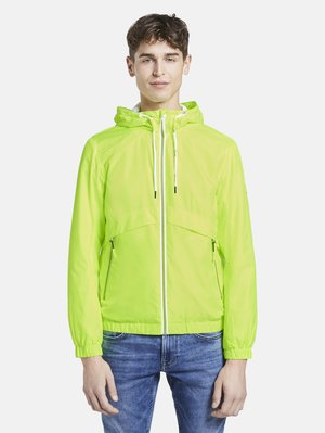 JACKEN & JACKETS LEICHTE JACKE - Light jacket - neon green