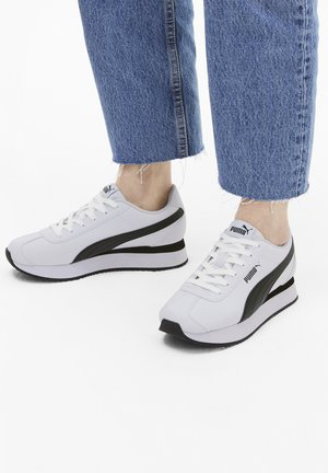 TURINO STACKED - Sneakers basse - puma white-puma black
