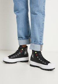 Converse - CHUCK TAYLOR ALL STAR MC LUGGED - Baskets montantes - black/white - 0