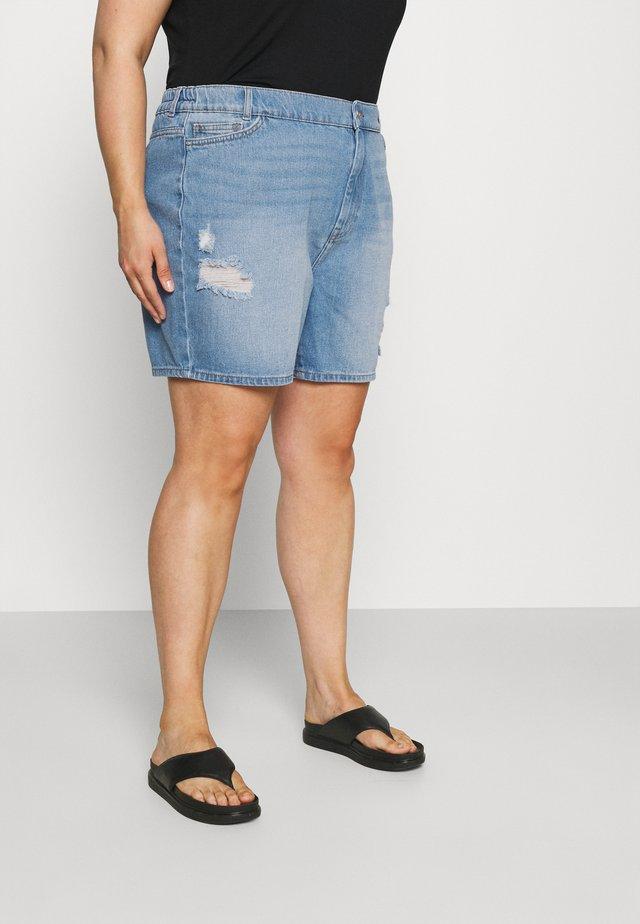 NMLOTTIE SKATE - Shorts vaqueros - light blue denim