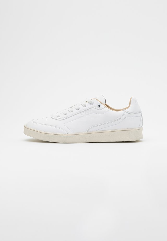 SLEEK TRAINER - Baskets basses - white