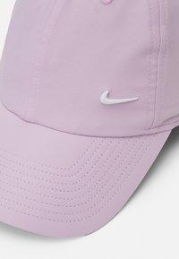 Nike Sportswear - UNISEX - Cap - iced lilac/white - 3