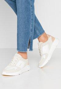 GANT - COCCOVILLE - Trainers - bright white/ cream beige - 0