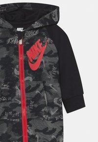 Nike Sportswear - CRAYON CAMO - Overall / Jumpsuit - black - 2