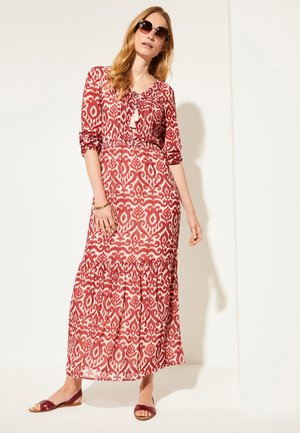 MIT ALLOVER-PRINT - Maxi dress - deep red brushed ornament