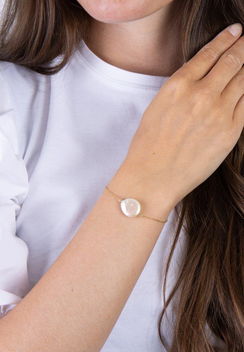 Nordahl Jewellery - ARMBAND MIT SÜSSWASSERPERLE - Bracelet - gold