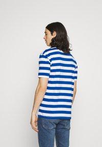 Newport Bay Sailing Club - BOLD HORIZONTAL STRIPE 2 PACK - Print T-shirt - grey marl/mid blue - 2