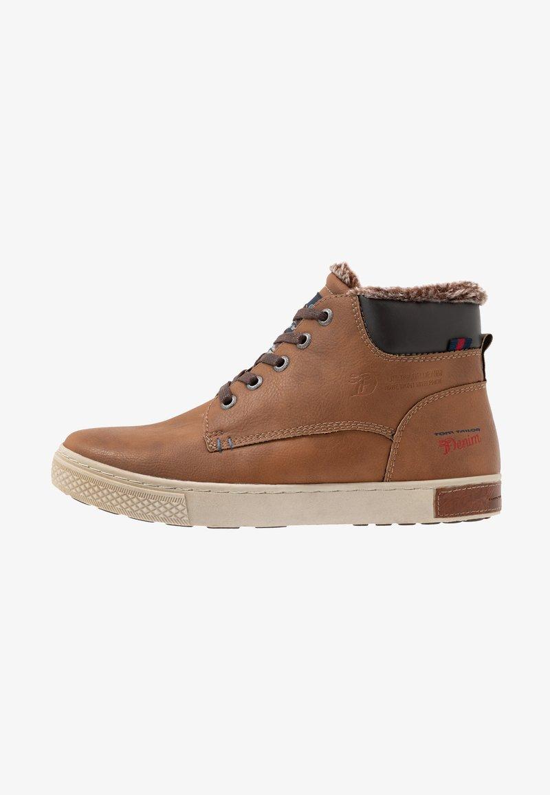 TOM TAILOR - Sneakersy wysokie - rust