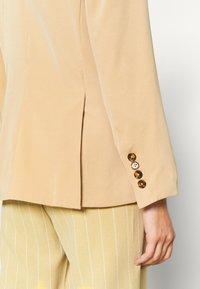 Fashion Union - ELM - Blazer - barley beige - 4