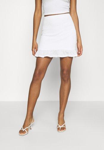 VIHAGEN SHORT FESTIVAL SKIRT - Mini skirt - snow white