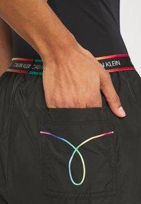 Calvin Klein Swimwear - PRIDE SHORT - Bikini pezzo sotto - black - 5
