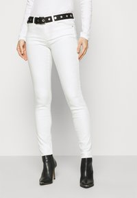 Guess - CURVE - Jeans Skinny Fit - paper moon - 0