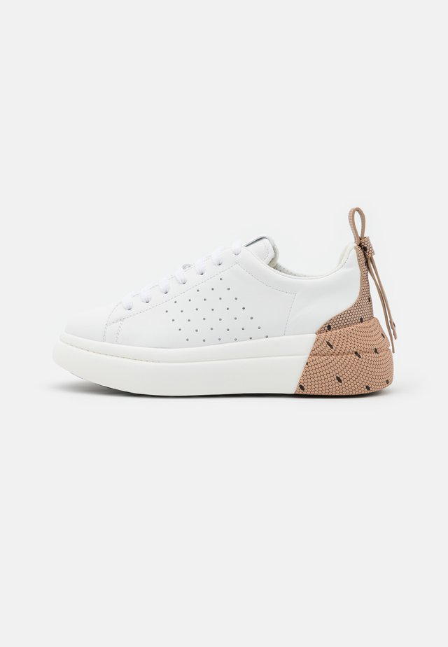 Sneakers laag - bianco/nude/nero