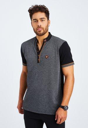 Print T-shirt - schwarz grau