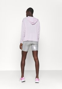 Nike Performance - COVERUP  - Hoodie - iced lilac/metallic silver - 2