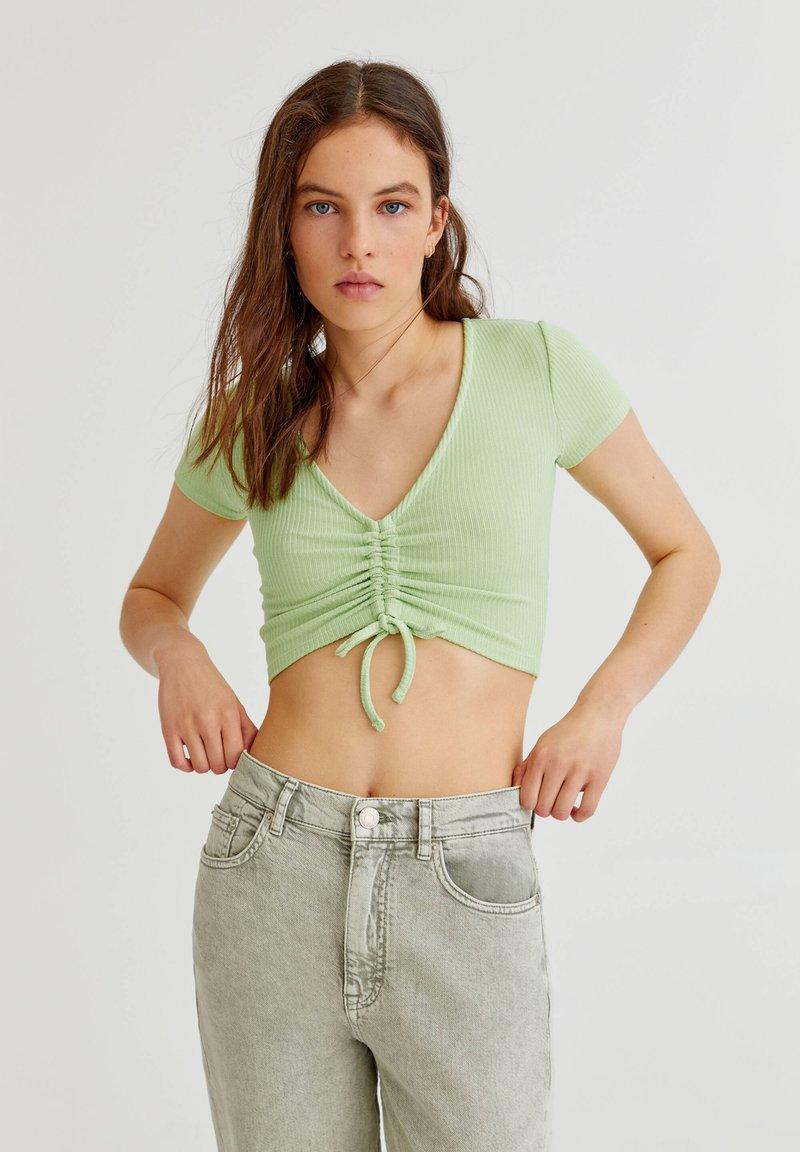 PULL&BEAR - Print T-shirt - green
