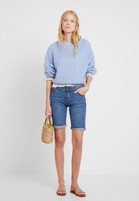Esprit - MR BURMUDA - Denim shorts - blue light wash - 1