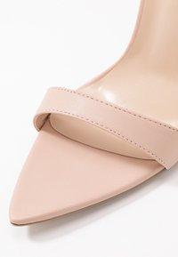 Lost Ink Wide Fit - POINTED BARELY THERE  - Sandaler med høye hæler - nude - 2