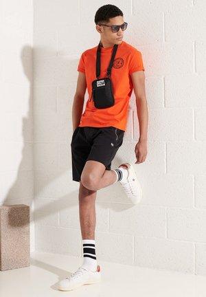 EXPEDITION  - T-shirt print - bold orange
