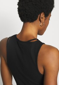 Weekday - CALYPSO CUT OUT TANK - Topper - black - 4