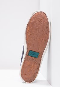 Natural World - NAUTICO ENZIMATICO - Boat shoes - marino - 5