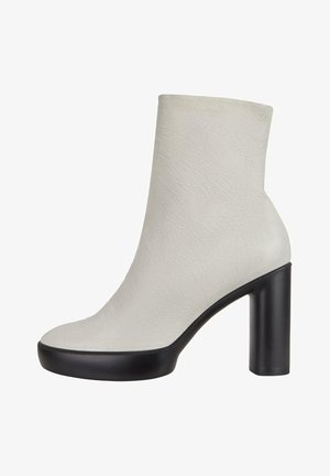 SHAPE SCULPTED MOTION - Ankle boots - shadow white