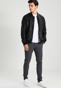 AllSaints - PARK - Chinos - slate grey - 1