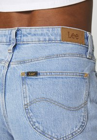 Lee - WIDE LEG - Jeans relaxed fit - light alton - 4