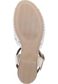 Piazza - Sandals - weiß/gold - 3