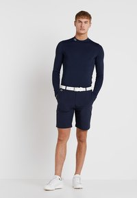 Lacoste Sport - GOLF PERFORMANCE LONG SLEEVE  - Funkční triko - navy blue - 1