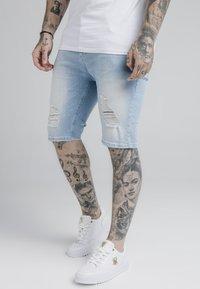 SIKSILK - DISTRESSED - Jeansshorts - light blue - 0