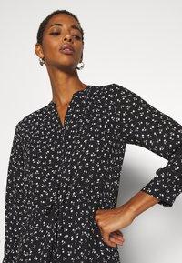 Selected Femme Tall - SLFDAMINA 7/8 DRESS - Hverdagskjoler - black - 3
