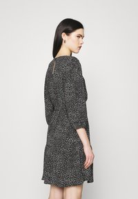 JDY - JDYPIPER 3/4 PUFF DRESS - Kjole - black - 2