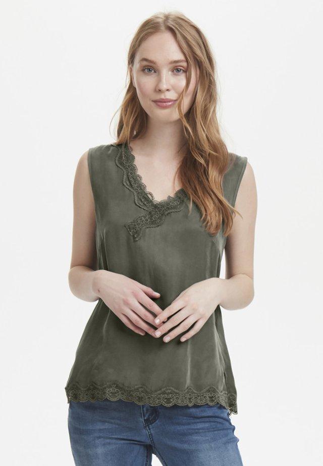 CUAMY - Top - dark green