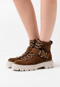 Kennel + Schmenger - POWER - Platform ankle boots - castoro - 0