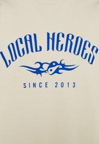 Local Heroes - TRIBAL - Sweatshirt - beige/blue - 2