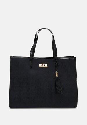 XL SQUARE SHOPPER - Shopping bag - black