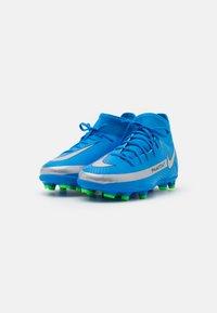 Nike Performance - JR PHANTOM GT CLUB DF MG UNISEX - Moulded stud football boots - photo blue/metallic silver/rage green - 1