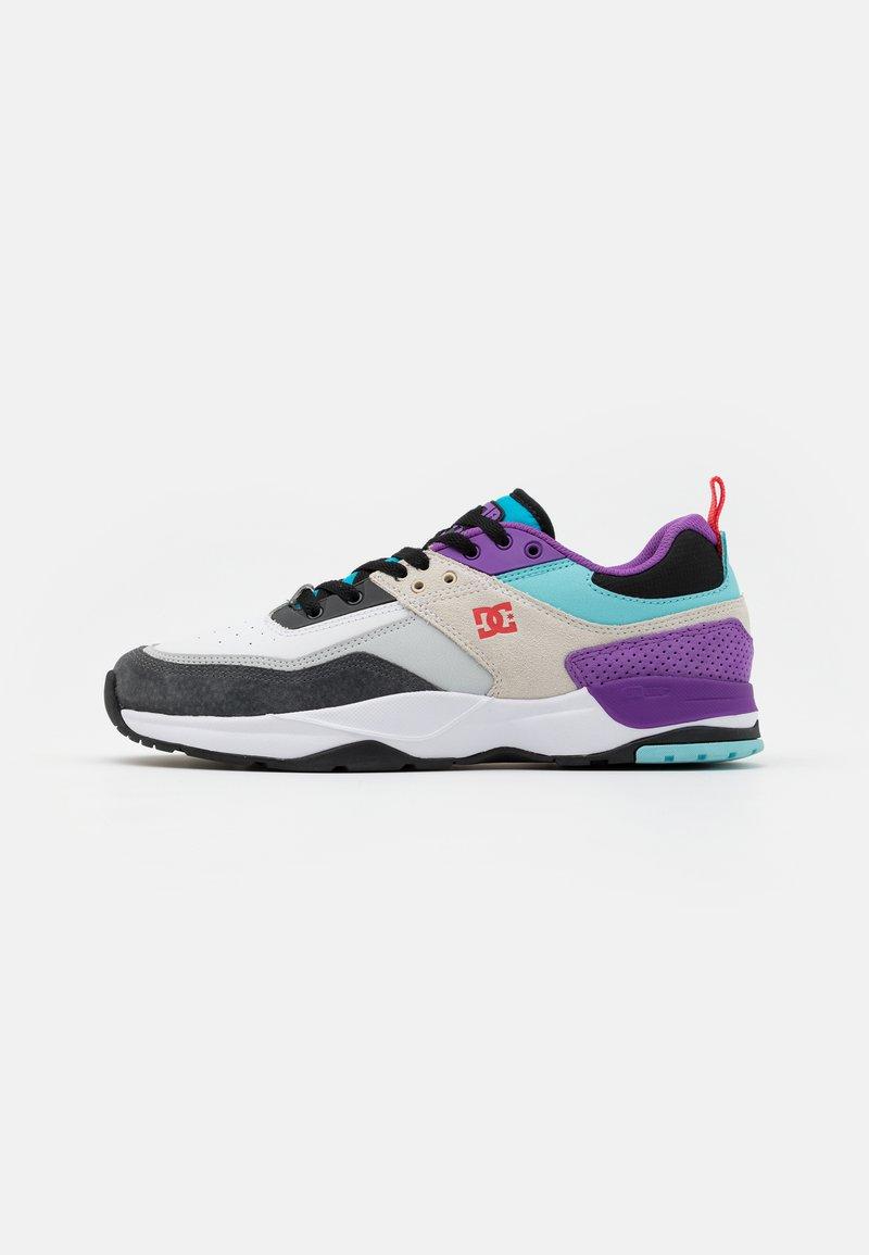 DC Shoes - E.TRIBEKA SE UNISEX - Zapatillas skate - white/armor/turquoise
