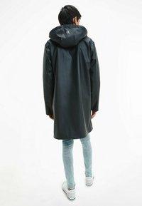 Calvin Klein Jeans - TECHNICAL RAINCOAT - Parka - ck black - 2