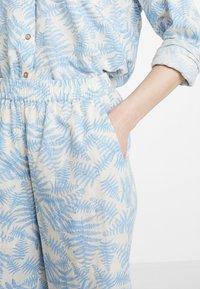 Moss Copenhagen - GRO CULOTTE - Trousers - blue - 4