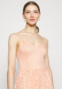 ONLY - ONLNEW ALBA SMOCK MIX DRESS - Koktejlové šaty/ šaty na párty - peach melba - 3